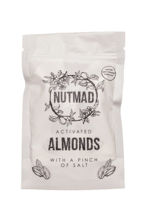 Almonds w salt